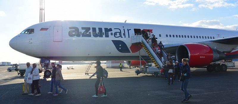 Нормы и особенности провоза ручной клади в самолетах Azur Air