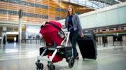 Молодым родителям: как перевозить коляску в самолете?