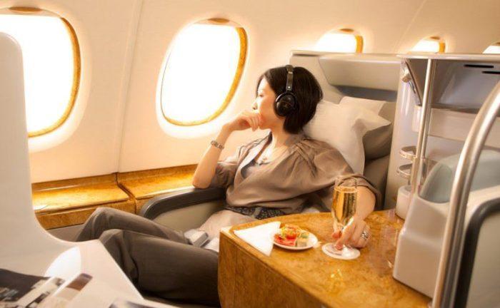 Сколько можно провозить алкоголя в самолете и как правильно это сделать 🍷