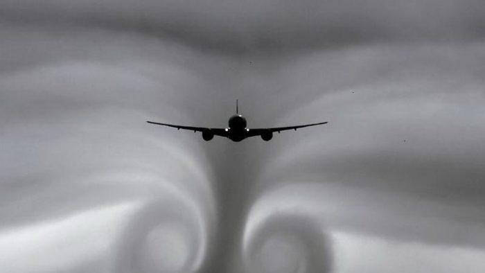 Как вести себя в самолете и чего нельзя делать на борту?